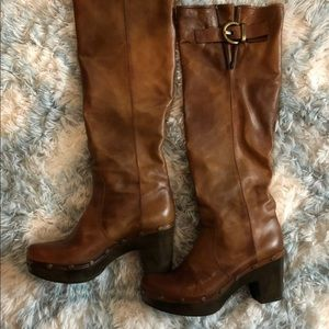 Stuart Weitzman Brown Leather Knee High Boots NWOT